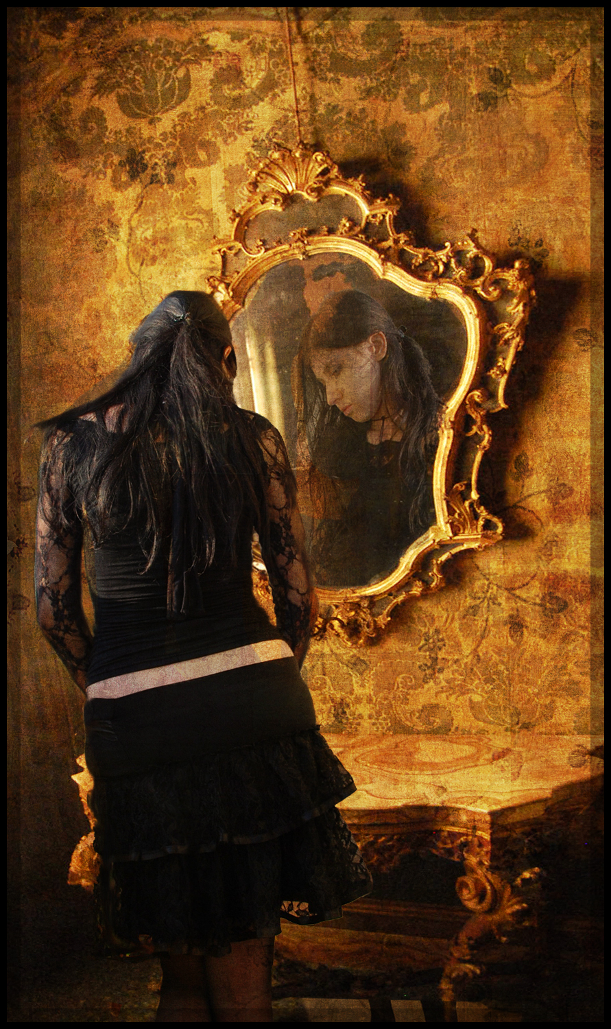 The_Mirror_by_xpedr0